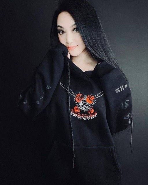 I'm so excited to talk about projectACHERON that @newtype.official @tr13.design and I have been planning for months. ACHERON has been carefully created by @tr13.design & I'm literally floored by the results. All hoodies are now on https://newtypeofficial.com/ and come in multiple colors🤍 If you have this hoodie please tag #Newtypeofficial @tr13.design & I. Much love 🥰 Update sold out 😭