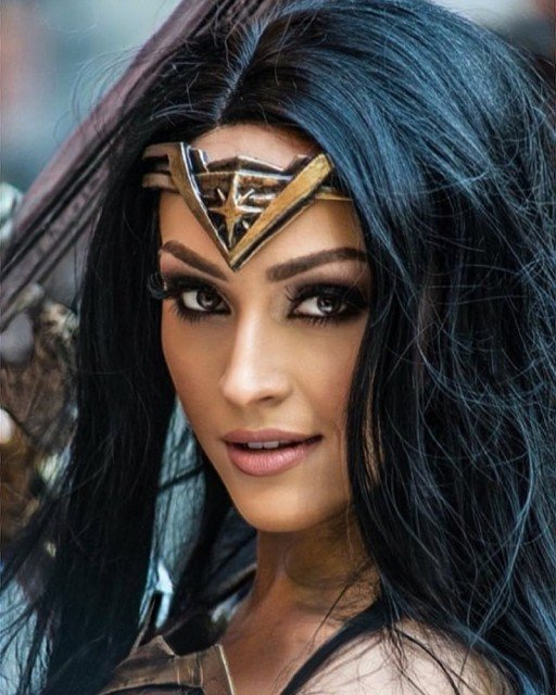 It's #nationalsuperheroday !!! Tag your real life heroes ❤️ I would not be the person I am today, without my dad @artyfakesprops 🥰 #wonderwoman #DC #hero #cosplay