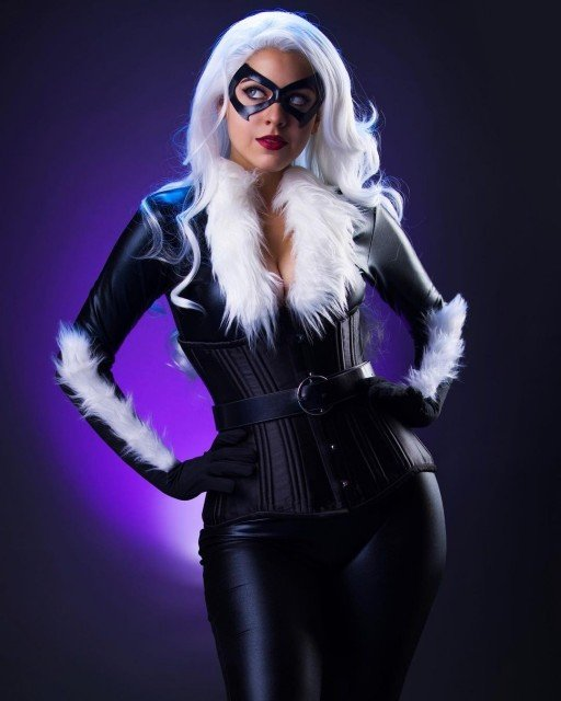 Since I'm posting Black CAT: tell me your favorite animal in the comments! I like raccoons. 🖤🦝 . . . . . #blackcat #blackcatcosplay #feliciahardy #feliciahardycosplay #spiderverse #spiderversecosplay #marvel #marvelcosplay #marvelcomics #marvelcomicscosplay #cosplay #cosplaygirls #cosplaygirl #cosplayersofinstagram #cosplayer #geekgirls #nerdgirls #girlsofcosplay #southfloridacosplay #womenofcosplay