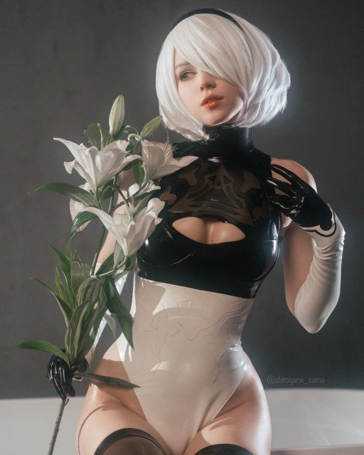 Who would win: 2B just having a bath of milk...