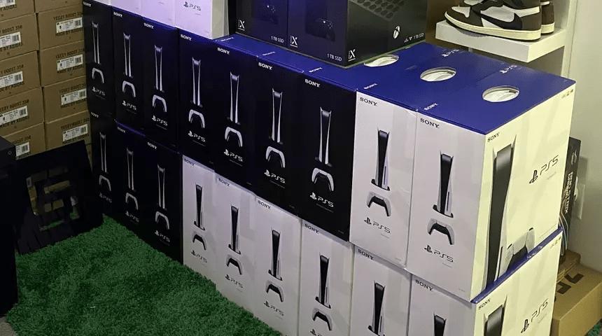 Ограбление из Форсажа и кирпич вместо консоли веселые проблемы покупателей PlayStation 5