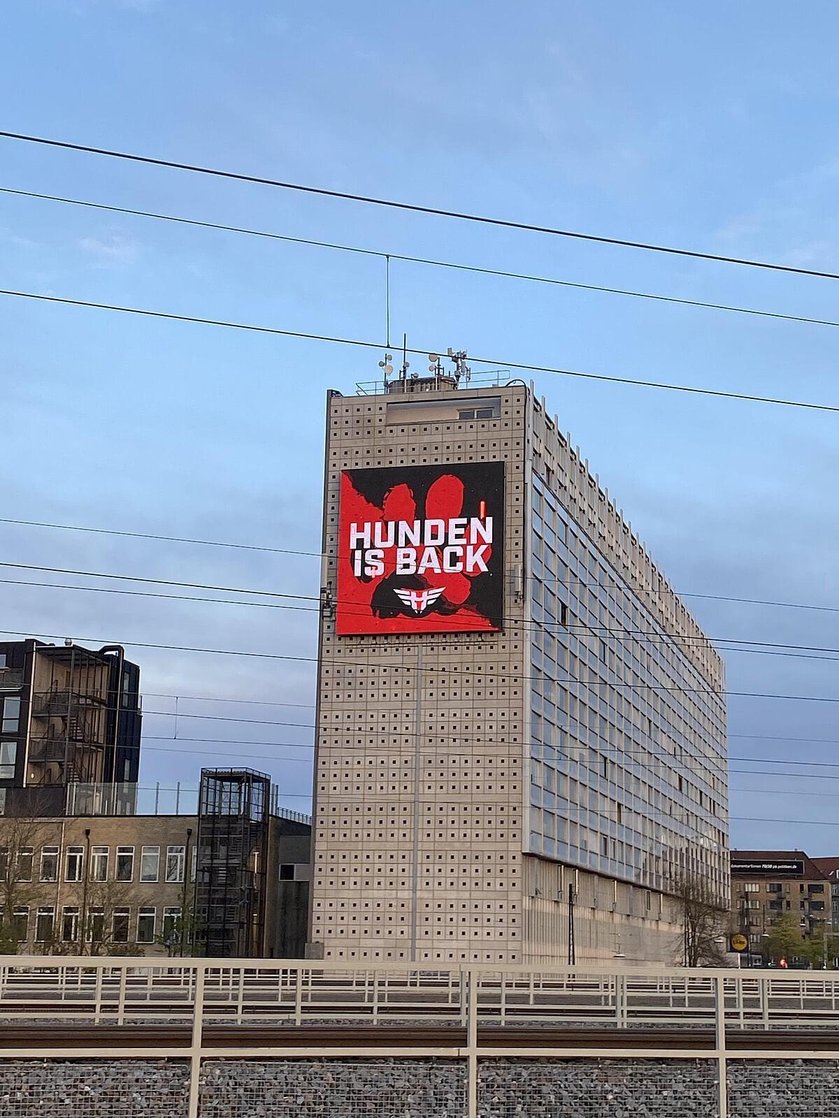 Heroic вывесили баннер в Копенгагене в честь возвращения Hunden