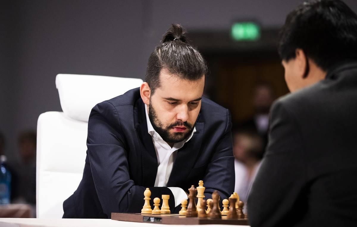 Ян Непомнящий играл с PGG а теперь лидирует в турнире претендентов по шахматам