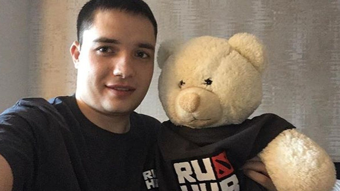 Adekvat считает Virtuspro фаворитом в матче c Team Nigma на WePlay AniMajor
