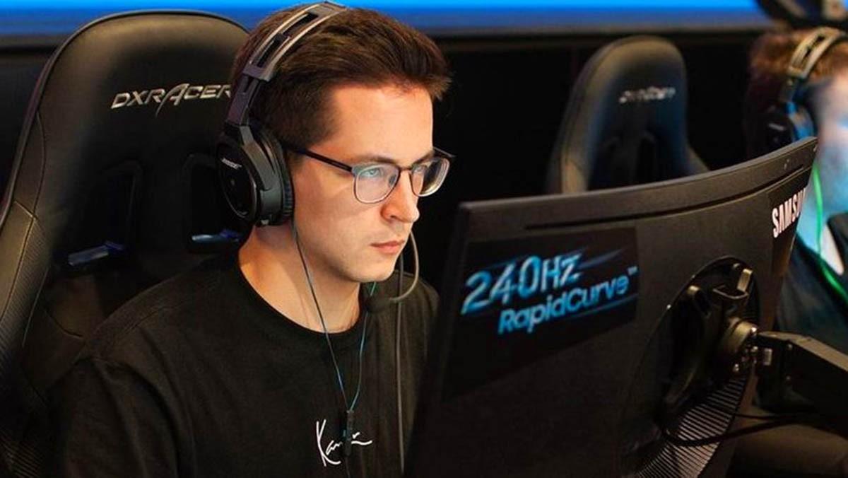 Команда Recrent выиграла турнир по Call of Duty Warzone c призовым 100000