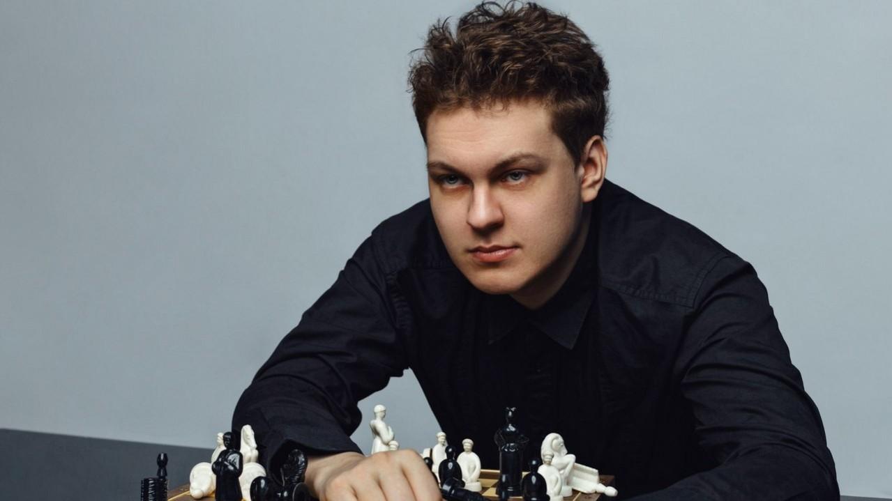 Юрий Хованский сдался блогер не верит что его выпустят из тюрьмы
