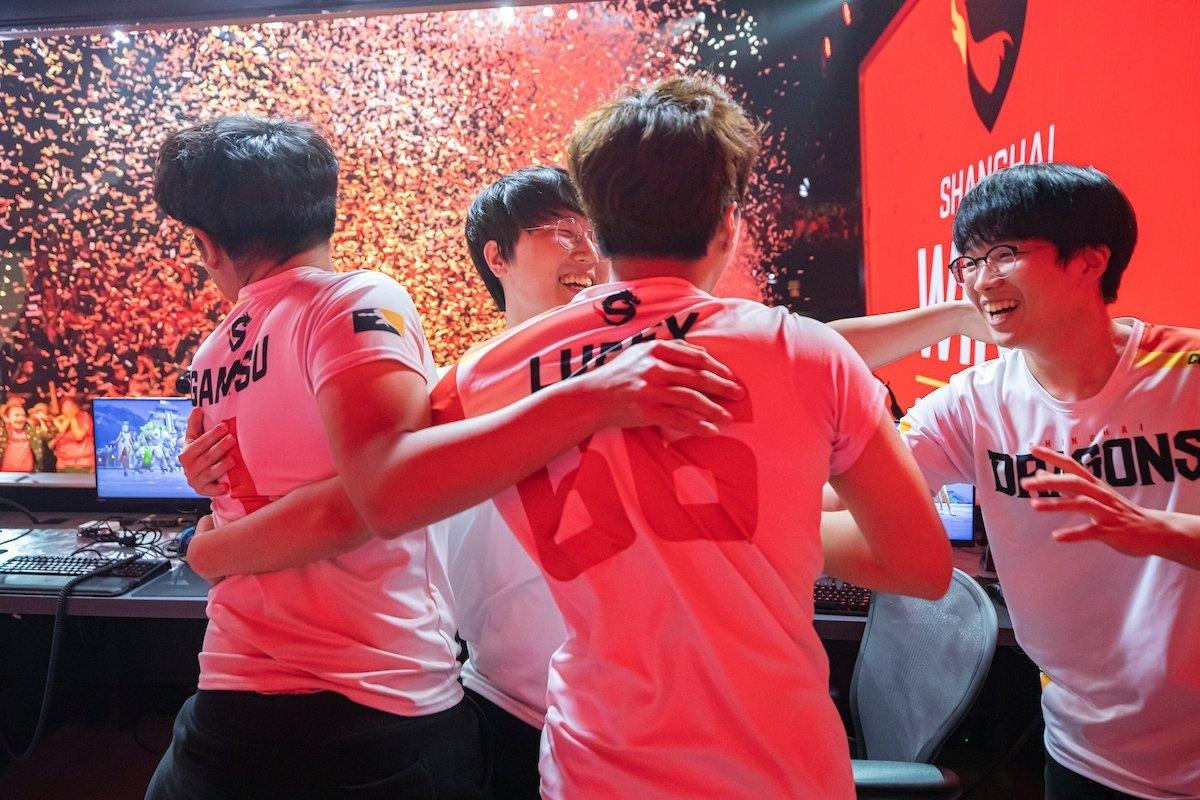 Из грязи в князи Shanghai Dragons чемпионы третьего сезона OWL